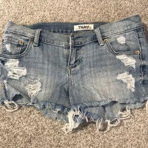 Aritzia TNA denim shorts size 25